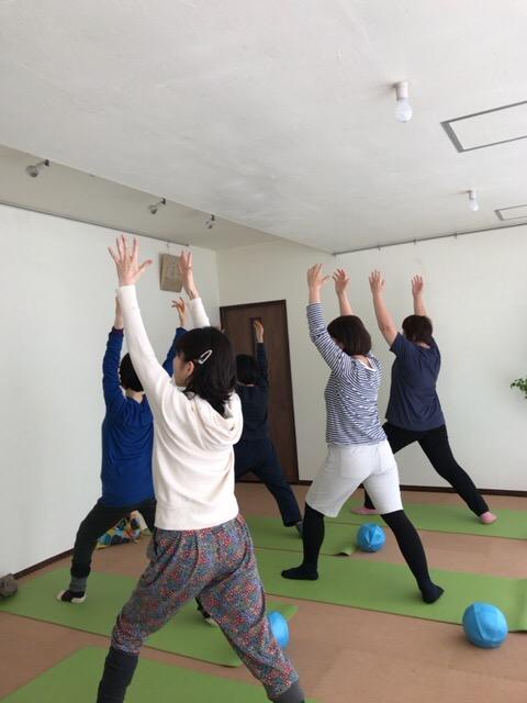 【札幌円山スタジオアウラ】ゆるめヨガ